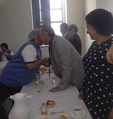 Entrega de reconocimientos al personal con más de 30 años trabajando en la Beneficencia